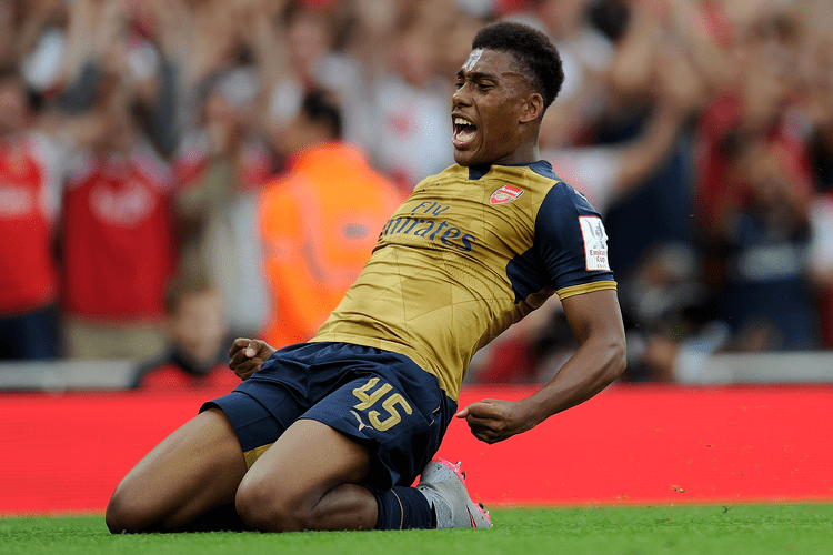 Alex Iwobi Tottenham vs Arsenal Alex Iwobi set to lead young gun