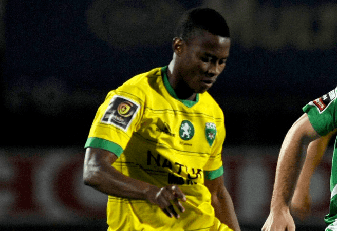 Alex Kakuba Ugandan Star Kakuba joins Portuguese Club Bigeyeug