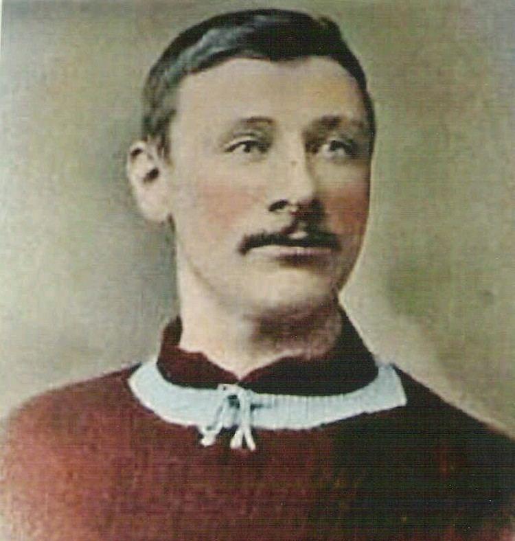 Alex Leake Alex Leake of Aston Villa in 1903 Novelty Football Cards