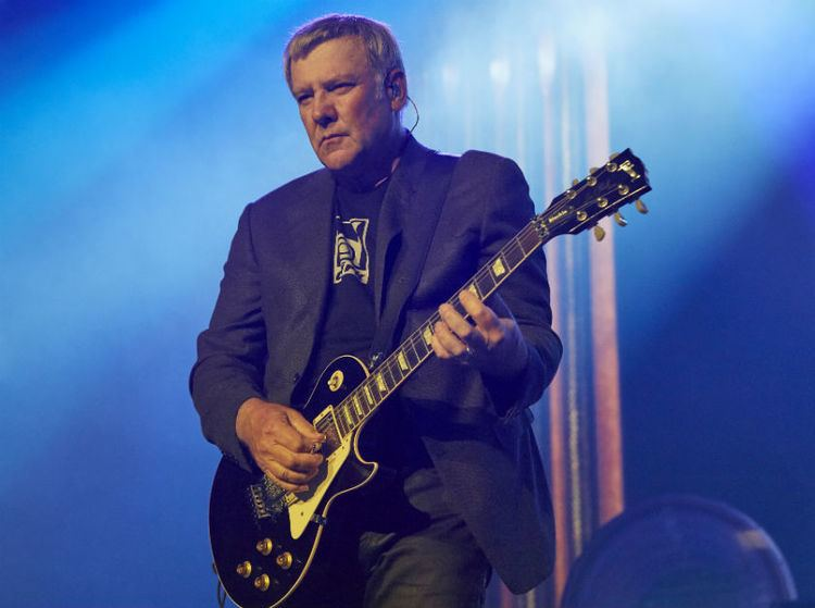 Alex Lifeson A Timeless Wavelength An Interview With Alex Lifeson of Rush SPIN