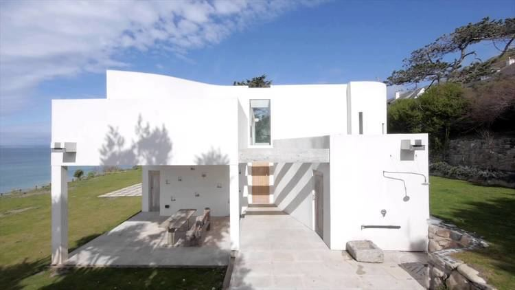 Alex Michaelis Praa Sands New Build in Cornwall designed by architects Michaelis