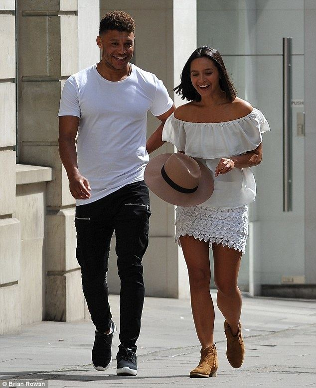 Alex Oxlade-Chamberlain Alex OxladeChamberlain spends the day with mystery woman in London