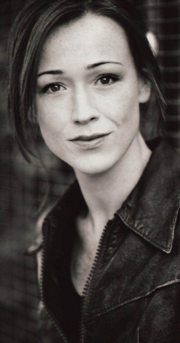 Alex Reid (actress) iamediaimdbcomimagesMMV5BMTcwMzMwMzA2Nl5BMl5