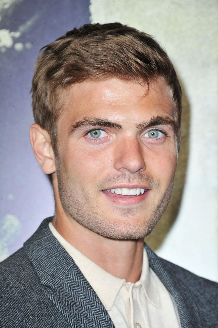 Alex Roe ABC Family39s Tennis Drama Casts Its Lead Hollywood Reporter