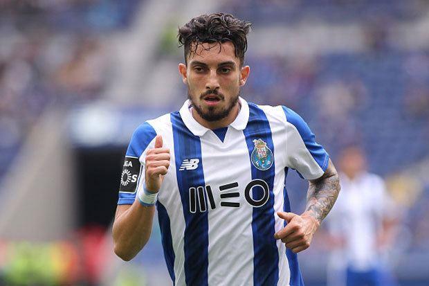 Alex Telles Alex Telles Chelsea deal Agent hints at Porto exit Daily Star