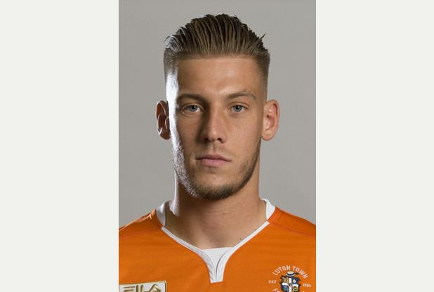 Alex Wall Luton Town Alex Wall praised for redeeming himself after