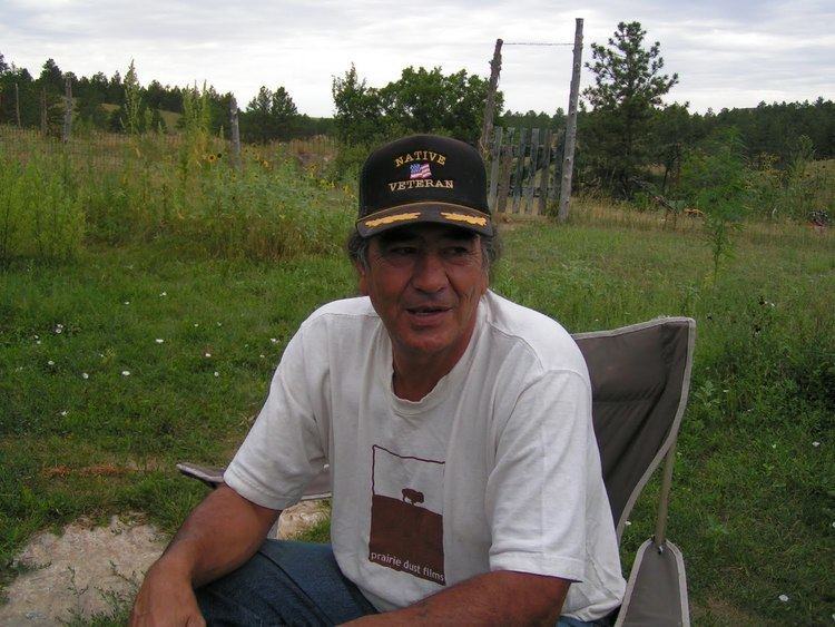 Alex White Plume IndianzCom gt Alex White Plume aims to grow hemp on Pine