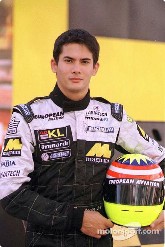 Alex Yoong Alex Yoong at KL Minardi Asiatech presentation Formula 1