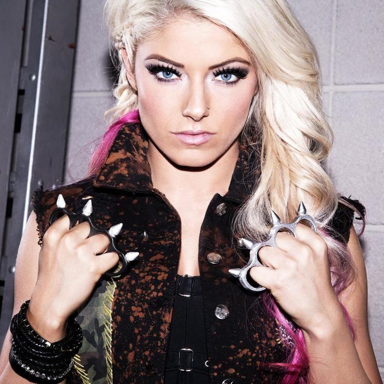 Alexa Bliss Alexa Bliss Maryse Emma and Nia Jax get extreme photos WWE
