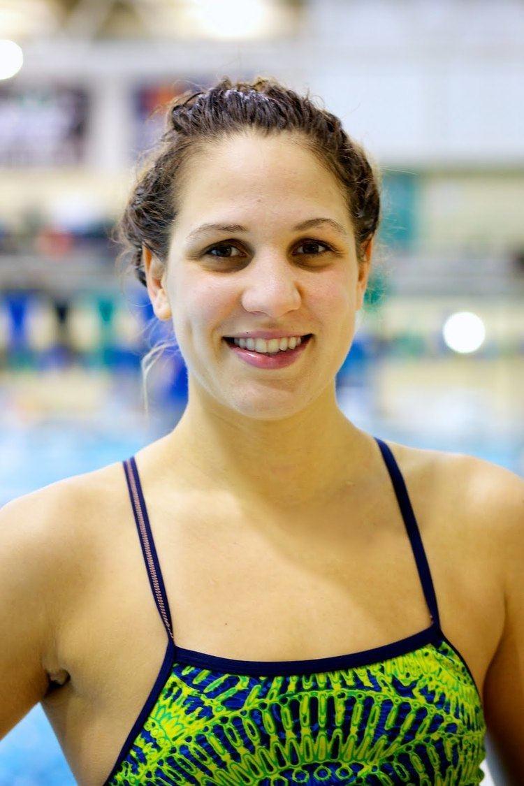 Alexa Komarnycky Island Swimming 20 Questions with Alexa Komarnycky