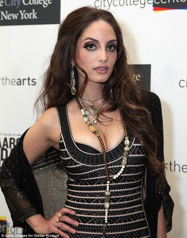 Alexa Ray Joel Alexa Ray Joel honored as an 39inspiration to youth39 at