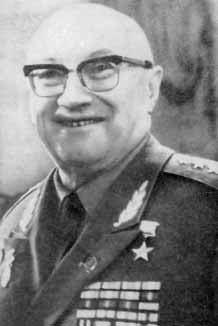 Alexander Alexandrovich Vishnevsky httpsuploadwikimediaorgwikipediaru554Vis