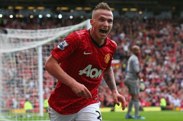 Alexander Büttner Manchester United flop Alex Buttner eyeing Premier League return in
