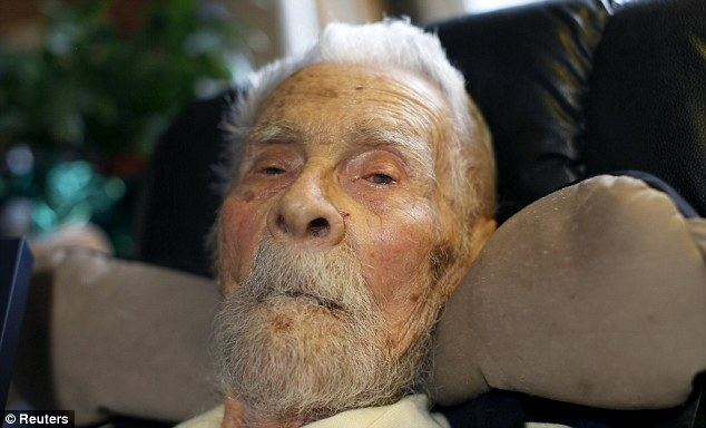Alexander Imich Oldest man in the world Alexander Imich DIES at age 111