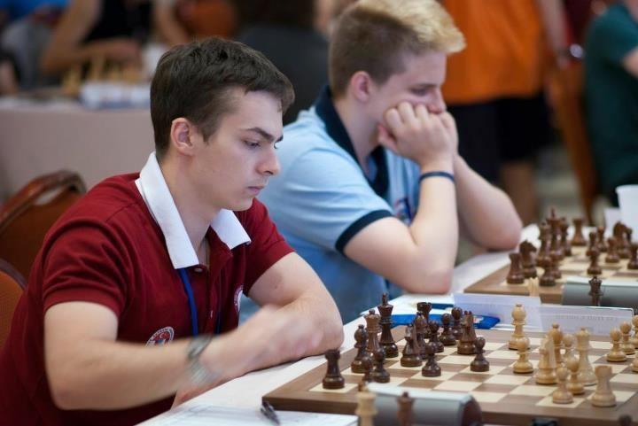 Alexander Ipatov Alexander Ipatov is World Junior Chess Champion updated