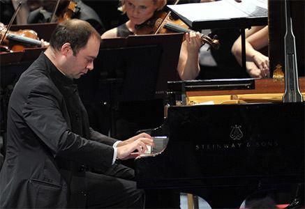 Alexander Melnikov (pianist) Prom 55 Warsaw PhilharmonicAntoni Wit with Alexander