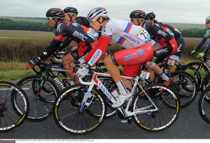 Alexander Porsev Porsev fractures collarbone in Eneco crash Cyclingnewscom