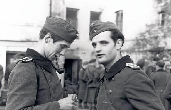 Alexander Schmorell Schmorell Alexander WW2 Gravestone