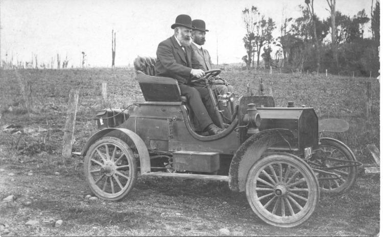 Alexander Walker Reid Taranaki Steam Car on of three made by Alexander Walker Reid