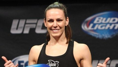 Alexis Davis (fighter) UFC Fight for the Troops 3 Results Alexis Davis Decisions