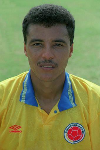 Alexis Mendoza Alexis MENDOZA 19901994