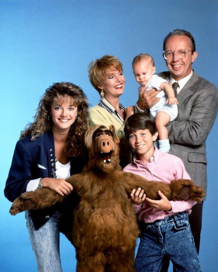 ALF (TV series) 1000 ideas about Alf Tv Series on Pinterest The 80s 80 s and
