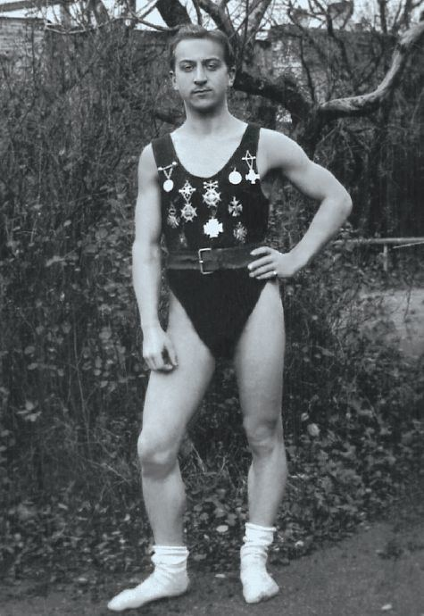 Alfred Schmidt (weightlifter)