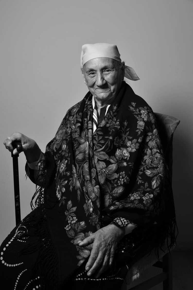 Alfreda Markowska Wystawa Romarising Romowie w Polsce Alfreda Markowska
