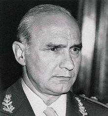 Alfredo Oscar Saint Jean httpsuploadwikimediaorgwikipediacommonsthu
