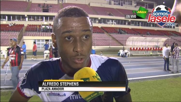 Alfredo Stephens Alfredo Stephens opina luego del triunfo del Plaza Amador
