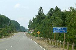 Algonquin Highlands httpsuploadwikimediaorgwikipediacommonsthu