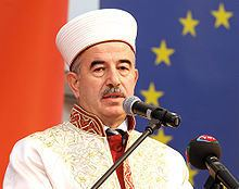 Ali Bardakoğlu httpsuploadwikimediaorgwikipediacommonsthu