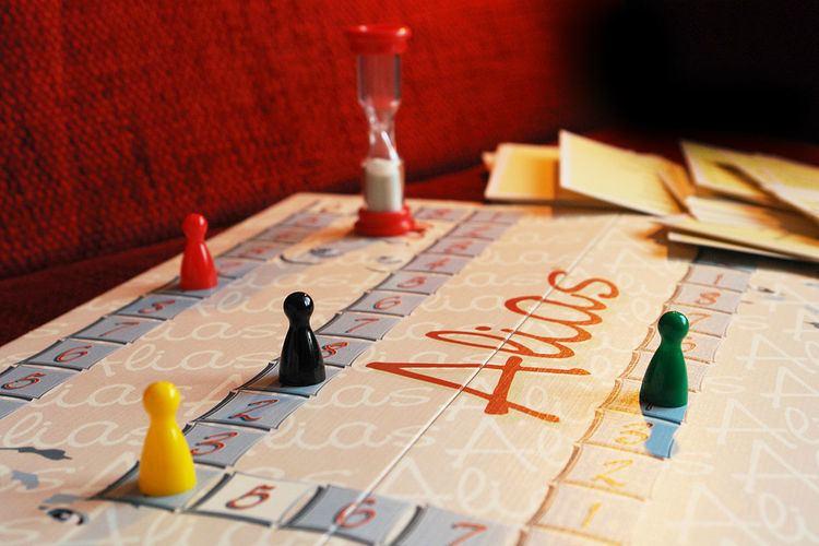 Alias (board game)
