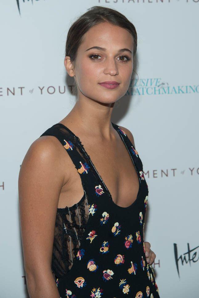 Alicia Vikander Alicia Vikander announced as lead in new Bourne movie