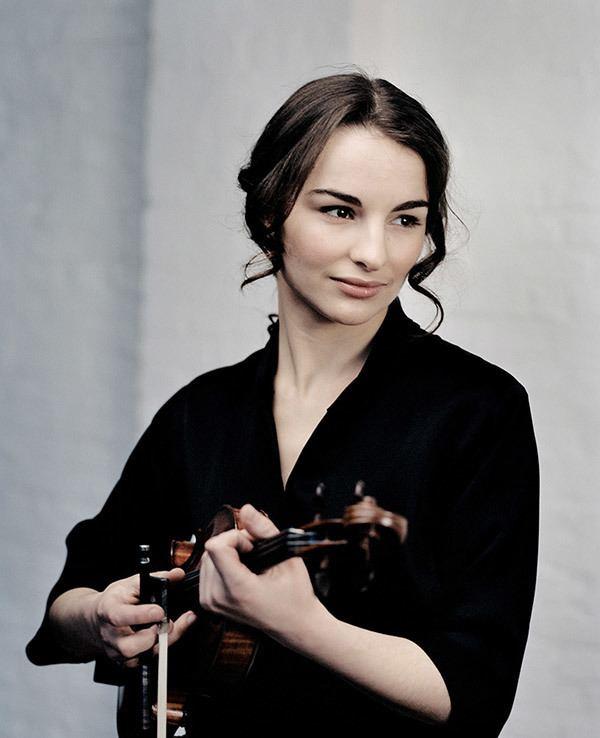 Alina Pogostkina Alina Pogostkina offizielle Webseite der Violinistin