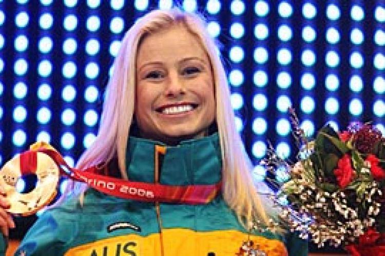 Alisa Camplin Alisa Camplin receives her bronze medal ABC News