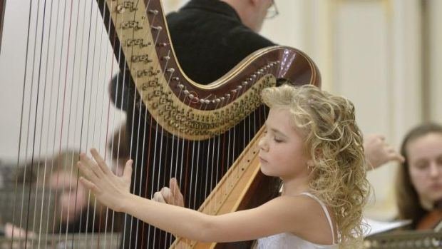 Alisa Sadikova The 11yearold harpist 39Only a genius can do what she does39