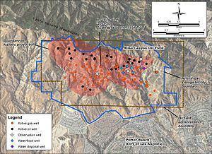 Aliso Canyon Oil Field uploadwikimediaorgwikipediacommonsthumbbb8