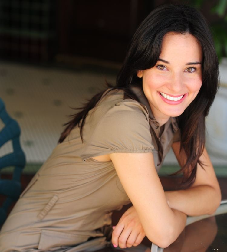 Alison Becker ALL ABOUT ALISON BECKER AOL Advertising