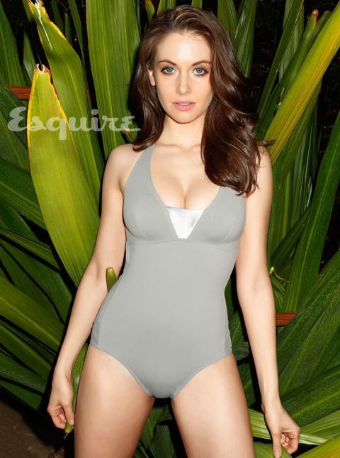 Alison Brie Alison Brie Sexy Photos Alison Brie from Mad Men Hot