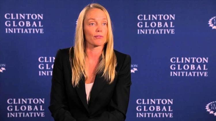 Alison Lawton Dispensing Hope Transforming US Medicine Surplus 2014