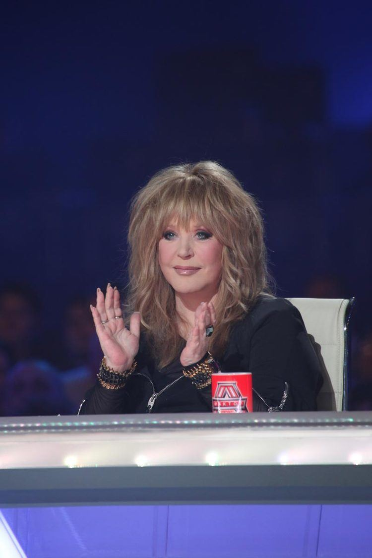 Alla Pugacheva responded to the requirements to remove it from the air 10.01.2017 51
