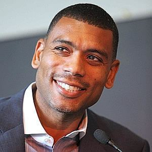 Allan Houston Allan Houston Bro of the Month Knick Legend Incredible Father