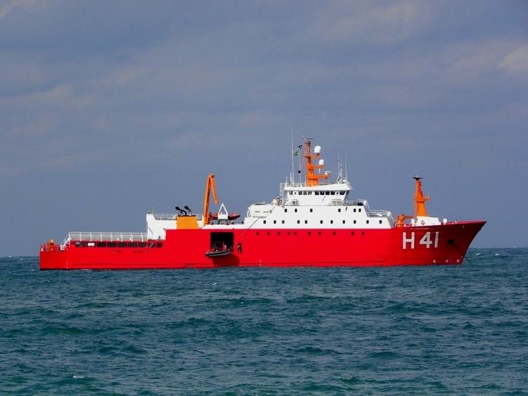 Almirante Maximiano (H-41) wwwnavalcombrngbAA128A128f10jpg