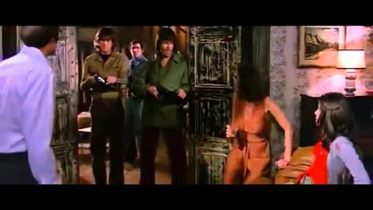 Almost Human (1974 film) Almost Human 1974 Tomas Milian Tribute YouTube