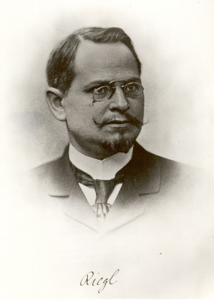 Alois Riegl httpsuploadwikimediaorgwikipediacommons00