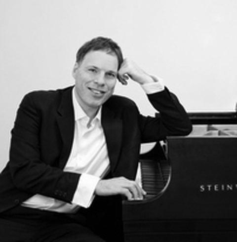 Alon Goldstein Pianist Alon Goldstein Music Concerts Distinguished Artists