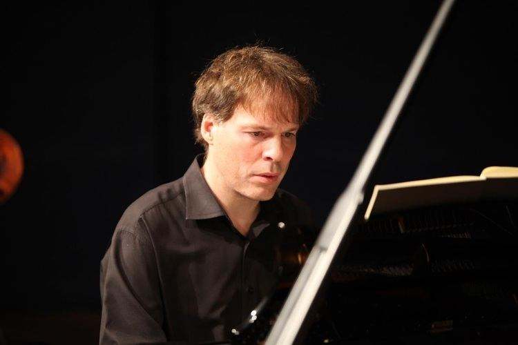 Alon Goldstein Pianist Alon Goldstein pursuit of ones vision and voice never go