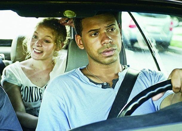 Along the Roadside World Cinema Along the Roadside Review Stark Insider