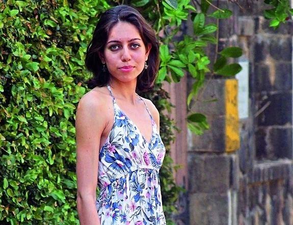 Alyssa Mendonsa Sing like a diva
